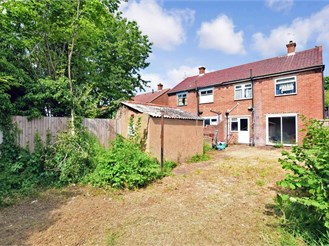 3 bedroom semi-detached house in Rochester