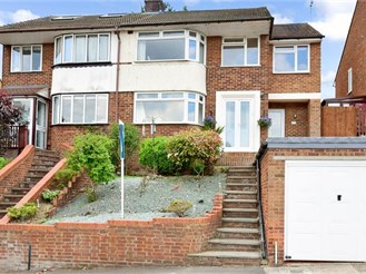 4 bedroom semi-detached house in Chatham