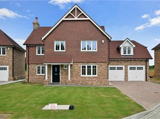 5 bedroom detached house in Staplehurst