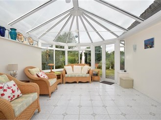 4 bedroom chalet bungalow in Maidstone