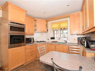 4 bedroom semi-detached house in Leybourne