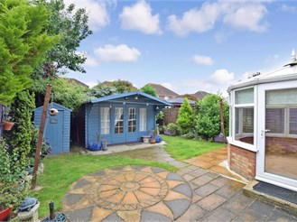 3 bedroom detached house in Boughton Monchelsea, Maidstone