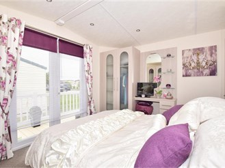 2 bedroom park home in Whitstable