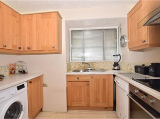 1 bedroom ground floor flat in Dartford