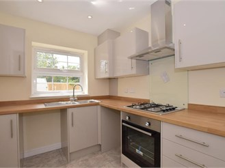 3 bedroom terraced house in Gillingham