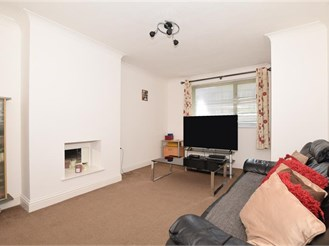 2 bedroom ground floor maisonette in Gravesend