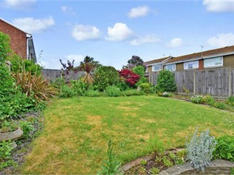 3 bedroom detached bungalow in Cliftonville, Margate