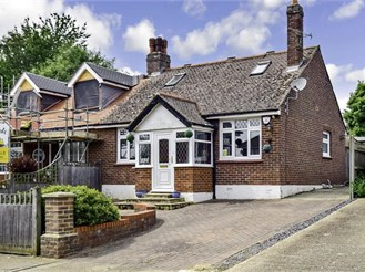 3 bedroom semi-detached bungalow in Sturry, Canterbury