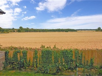 4 bedroom detached house in Woodnesborough, Sandwich