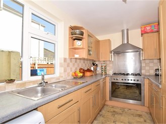 3 bedroom detached house in Deal