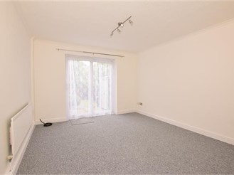 2 bedroom end of terrace house in Strood, Rochester