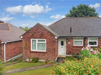 2 bedroom semi-detached bungalow in Chatham
