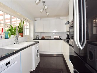 3 bedroom semi-detached bungalow in Cliffsend, Ramsgate
