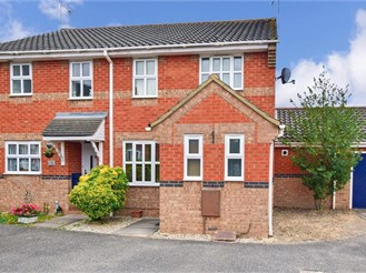 3 bedroom end of terrace house in Langdon Hills, Basildon