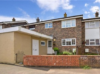 3 bedroom terraced house in Hawkinge, Folkestone