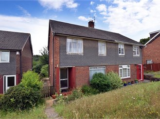3 bedroom semi-detached house in Cuxton, Rochester