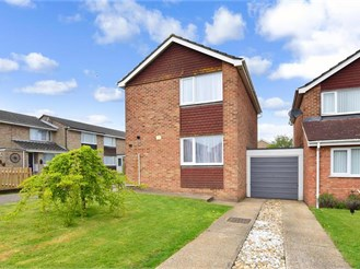 3 bedroom link-detached house in Whitfield, Dover