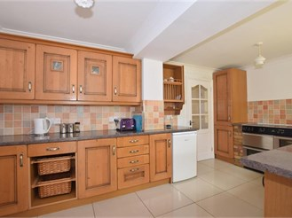 5 bedroom semi-detached house in Wigmore, Gillingham