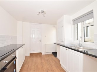 3 bedroom end of terrace house in Cliffe, Rochester