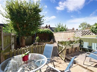 3 bedroom semi-detached house in Margate