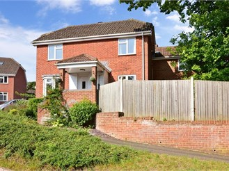 5 bedroom detached house in Walderslade Woods, Chatham