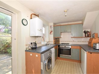 4 bedroom semi-detached house in Maidstone