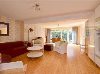 4 bedroom link-detached house in Headcorn