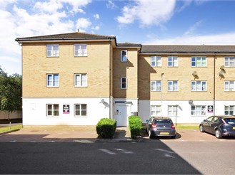 2 bedroom ground floor flat in Dagenham