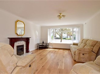 4 bedroom detached house in Staplehurst, Tonbridge