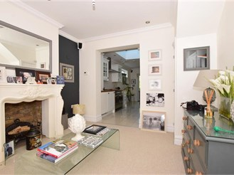 2 bedroom end of terrace house in St. Peters, Broadstairs