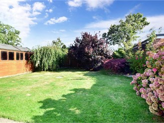 3 bedroom detached house in Lympne, Hythe