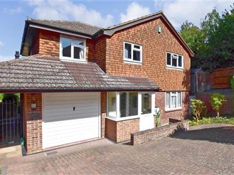 5 bedroom detached house in Downswood, Maidstone