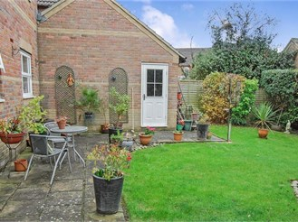 3 bedroom detached house in Paddock Wood, Tonbridge