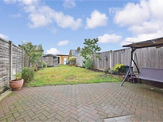 3 bedroom semi-detached house in Boughton-Under-Blean, Faversham