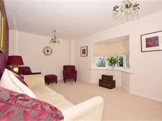 3 bedroom semi-detached house in Kings Hill, West Malling