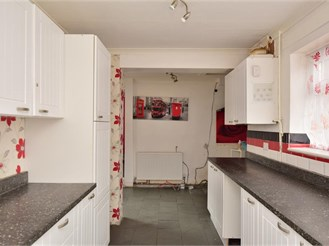 3 bedroom detached house in Westgate-On-Sea