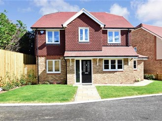 4 bedroom detached house in Sutton Valence, Maidstone