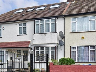 5 bedroom terraced house in Mitcham