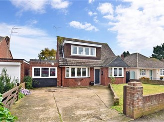 3 bedroom chalet bungalow in Cliffsend, Ramsgate
