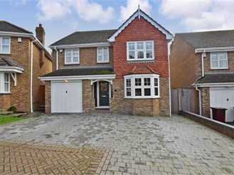 5 bedroom detached house in Wateringbury, Maidstone