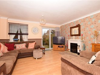 3 bedroom end of terrace house in Deal