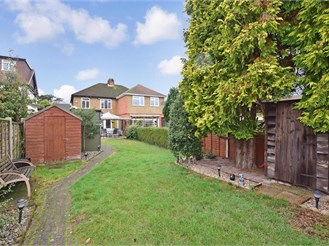 3 bedroom semi-detached house in Aylesford