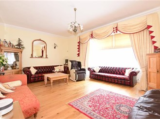 7 bed town house in Rochester