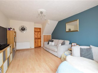2 bedroom end of terrace house in Walderslade, Chatham
