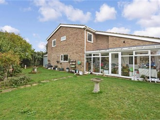 4 bedroom detached house in Westgate-On-Sea