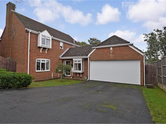 4 bedroom detached house in Grove Green, Maidstone