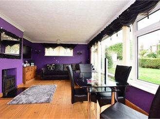 3 bedroom detached house in Guston, Dover