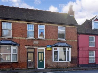 4 bedroom terraced house in Sturry, Canterbury