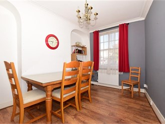 2 bedroom town house in Dover