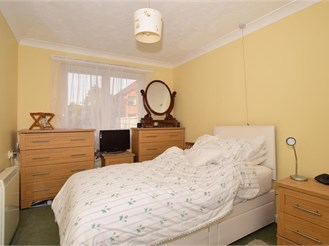 1 bedroom ground floor retirement flat in South Croydon